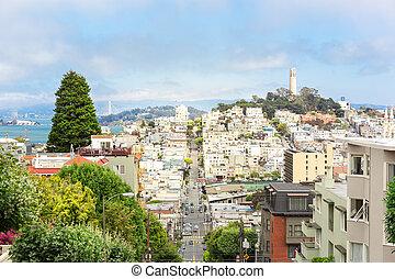 Lombard street on Russian hill, San Francisco USA