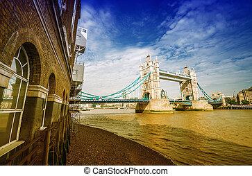london., ο , κάστρο γέφυρα , κάτω από , ένα , γαλάζιος ουρανός
