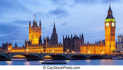 London Big ben - Panorama Cityscape of Big Ben and...