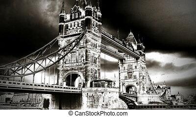 london bridge old film style