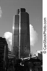 London Building 10
