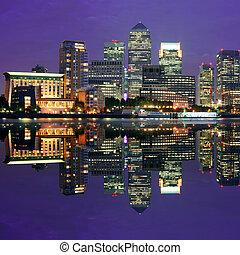 London Canary Wharf at night - Canary Wharf business...