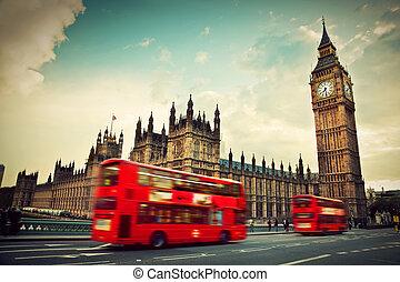 london, den, uk., röd, buss, i rörelse, och, stor ben
