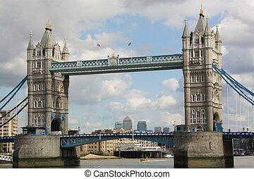 london dominano ponte