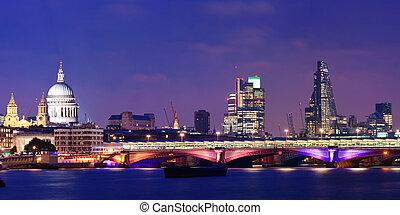 London night - London skyline at night with bridge and St...