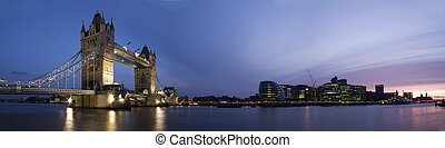 London Panorama - Panoramic evening time shot of Tower...