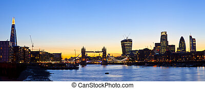 London Skyline Panoramic - A panoramic view of the beautiful...