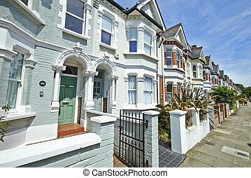 London street of early 20th century Edwardian terraced...