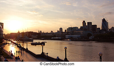 London sunset - View of the River Thames from tower bridge