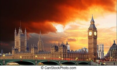 London - time lapse at sunset