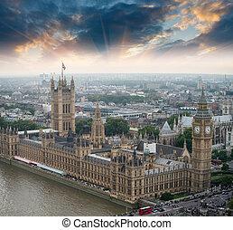 london, uk., häuser parlaments, und, big ben, schöne , luftblick, an, sunset.