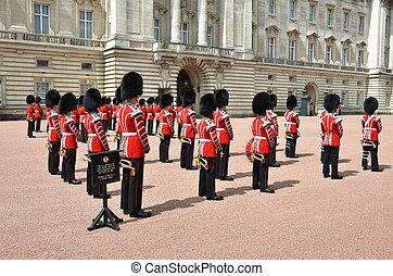 LONDON, UK - JUNE 12, 2014: British Royal guards perform the Cha