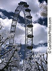 LONDON, UNITED KINGDOM - JULE 6: London Eye on Jule 6, 2011...
