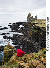 Londrangar - tourist attraction of Iceland - Thufubjarg ...