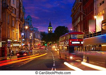 londyn, cielna ben, z, trafalgar plac, handel