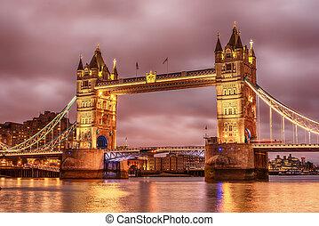 londyn, przedimek określony przed rzeczownikami, zjednoczony, kingdom:, wieża most, na, rzeka thames