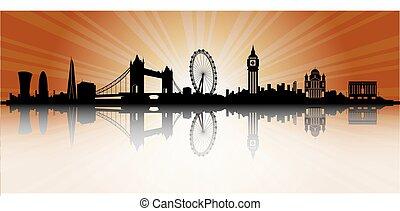londyn, skyline przedstawią w sylwecie, zachód słońca