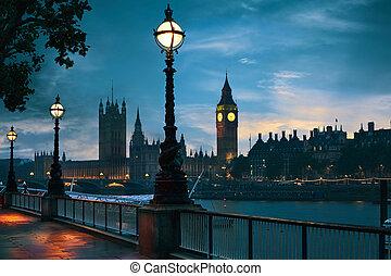 londyn, sylwetka na tle nieba, bigben, zachód słońca, tamiza