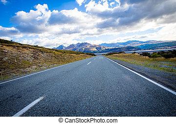 Long empty highway in New Zealand