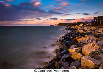 Long exposure on the Chesapeake Bay at sunset, in Tilghman...