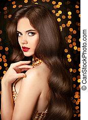 Long Healthy hair. beauty portrait woman
