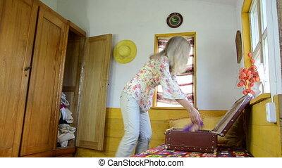 long skirt suitcase - women fold long summer red floral...