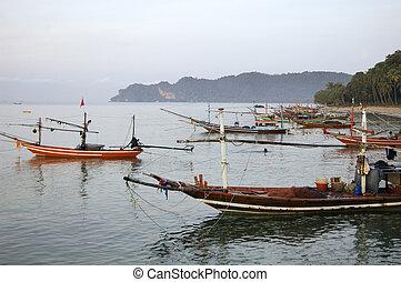 long-tails, bateaux, thaïlande