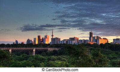 Long view of Toronto night