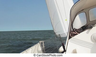 Looking upwards on sailboat. - Polyester sailyacht (Jeanneau...