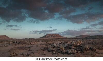 Loopable video of clouds above desert in Fuerteventura - ...