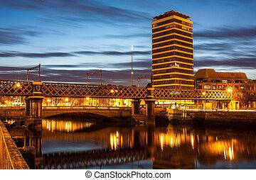 Loopline Bridge at night - Loopline Bridge Dublin connecting...