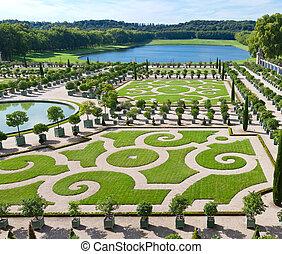 L'Orangerie garden in Versailles
