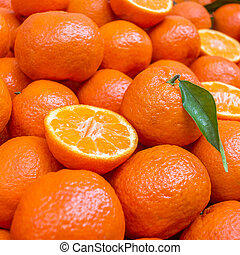 Lot of mandarin orange/Mandarins, selective focus - Lot of...