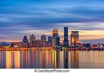 Louisville, Kentucky, USA Skyline on the Ohio River.