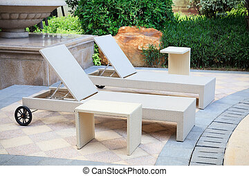 Lounge chairs in the garden - Lounge rattan chairs and desk...