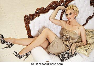 loura, mulher, bonito, luxo, interior