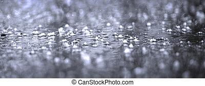 lourd, asphalte, flaque, pluie, closeup, orage, pendant