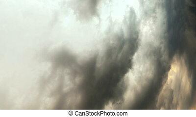 lourd, nuages, vertical, pluie, storm., time-lapse., video...