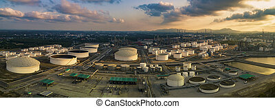 lourd, plante, huile, aérien, panorama, industrie, stockage, site, raffinerie, pétrochimique, réservoir, vue