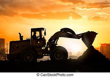 lourd, roue, excavateur, fonctionnement, machine, coucher soleil