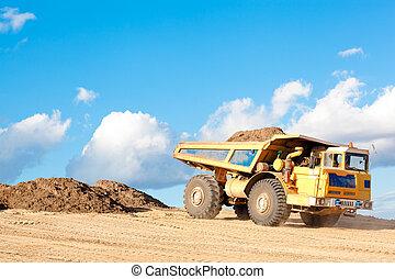 lourd, sol, camion, décharge, unloads