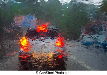 lourd, voiture, derrière, pare-brise, pluie