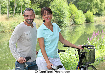 lovagol, bicikli