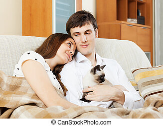 couple with kitten