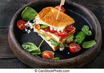 Low-carb bread sandwich - Low-carb gluten free Cloud bread ...