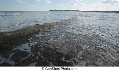 Low Level Water Tide Waves