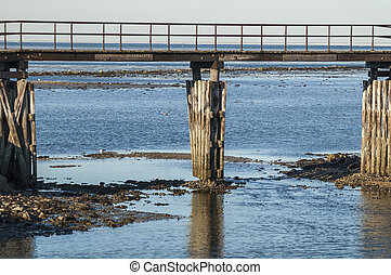 Low tide at the shortcut