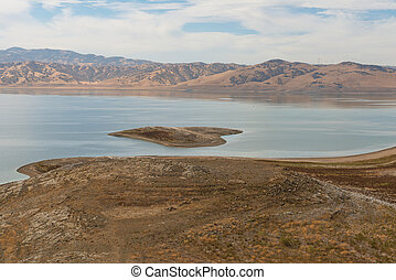 San Luis Reservoir - Low water level in San Luis Reservoir ...