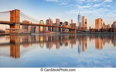 Lower Manhattan with brooklyn bridge, NYC