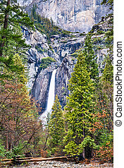 Lower Yosemite Fall in Yosemite National Park, California
